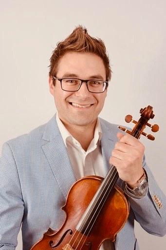 Le premier concert de la série, en duo avec Isaac Jobin, a lieu ce dimanche 27 octobre. Isaac Jobin a notamment obtenu un doctorat en violon interprétation à l'Université de Montréal. Photo gracieuseté