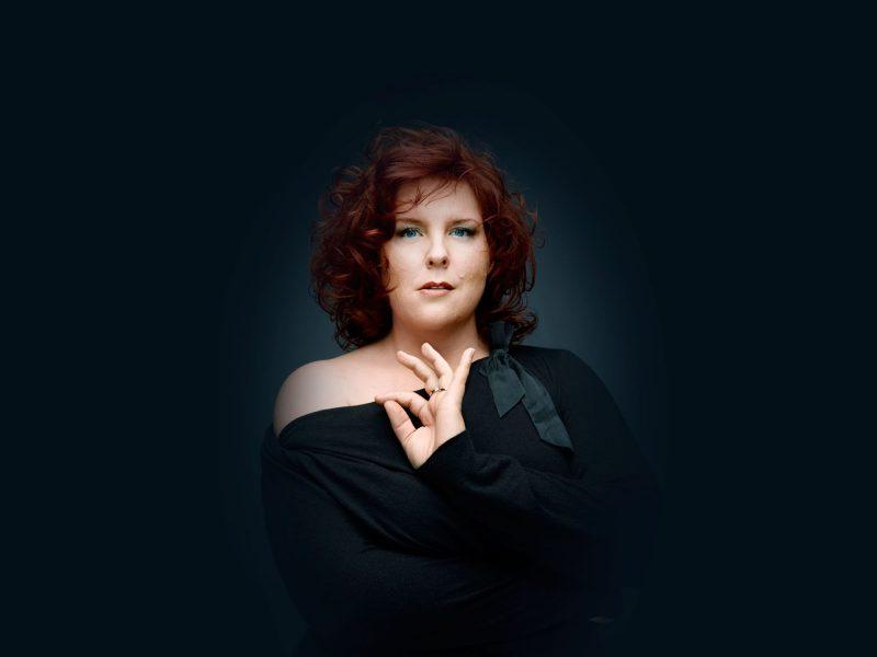 Marie-Nicole Lemieux est une des contraltos les plus connues au monde. Avec le pianiste Daniel Blumenthal, elle interprète 12 des poèmes de Baudelaire mis en musique par les plus grands compositeurs. Photo Denis Rouvre
