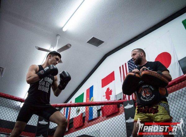 Le gymnase Prostar MMA met la clé dans la porte