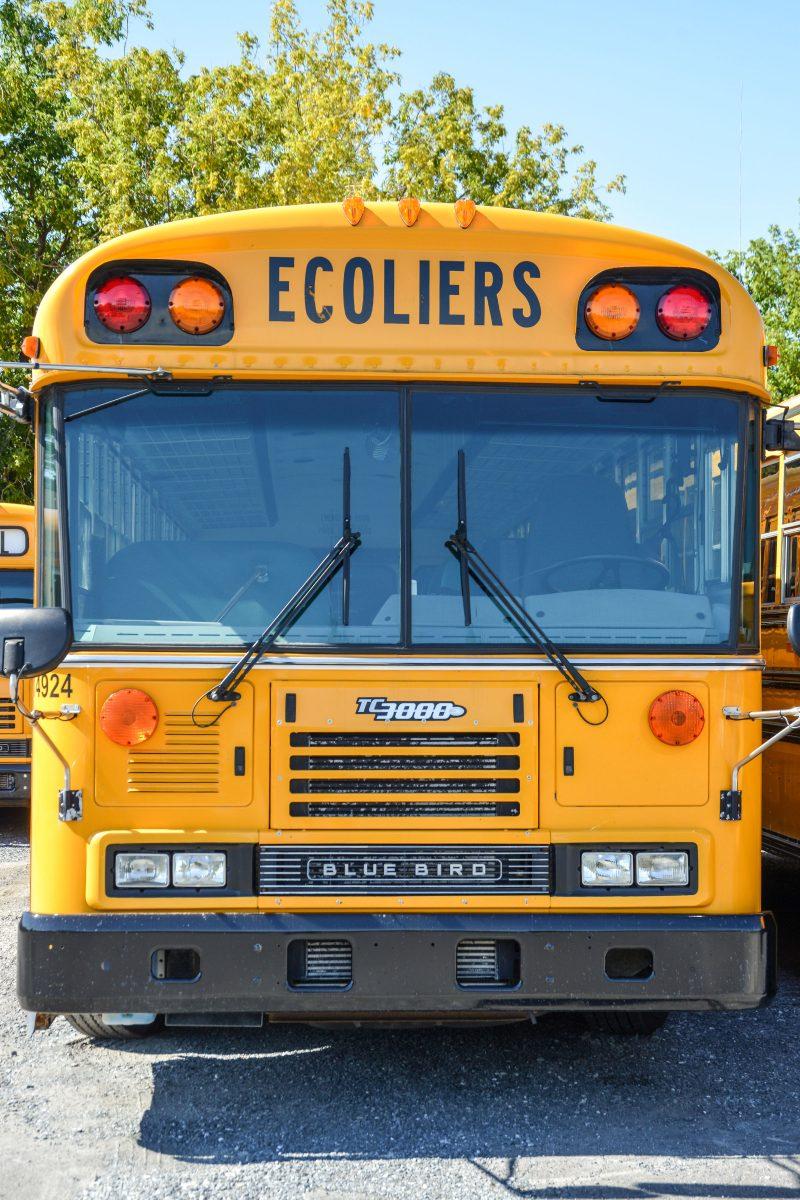 Les chauffeurs d'autobus scolaire feront un seul trajet avec près d'une cinquantaine d'élèves à bord du véhicule. Photo François Larivière   L'Œil Régional ©