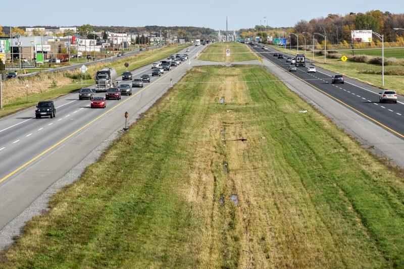 La nouvelle voie dédiée au transport en commun sur la 20 sera construite entre Sainte-Julie et Belœil, en direction est. Photo François Larivière | L'Œil Régional ©