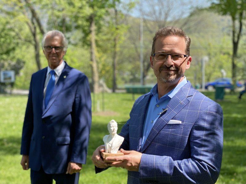 Yves-François Blanchet a été consacré lauréat du prix Louis-Joseph-Papineau. Photo gracieuseté