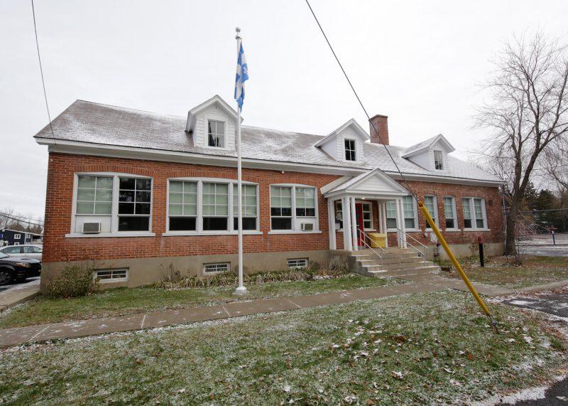 La Ville d'Otterburn Park envisage de relocaliser l'école primaire Notre-Dame dans le quartier Le Patriote. Photothèque | L'Œil Régional ©