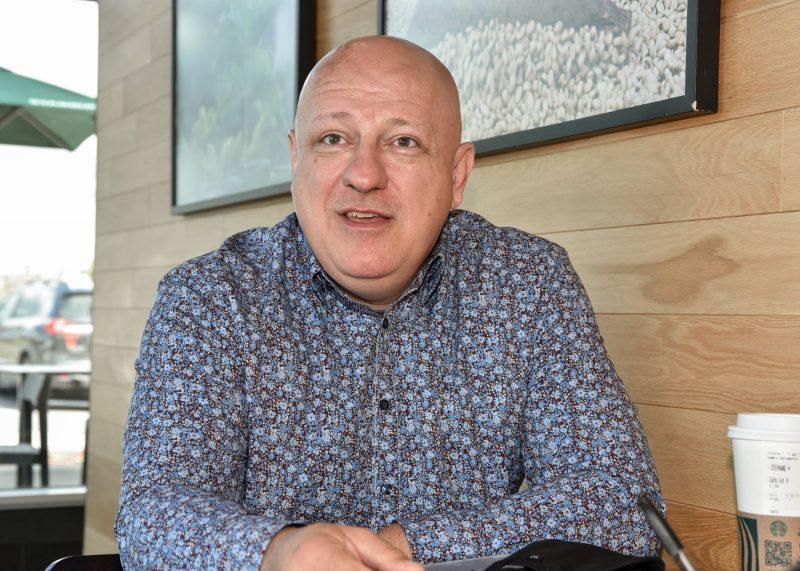 Le candidat conservateur dans Belœil–Chambly, Stéphane Robichaud, espère que les électeurs se donneront une voix nationaliste comme la sienne à Ottawa le 20 septembre. Photo François Larivière | L'Œil Régional ©