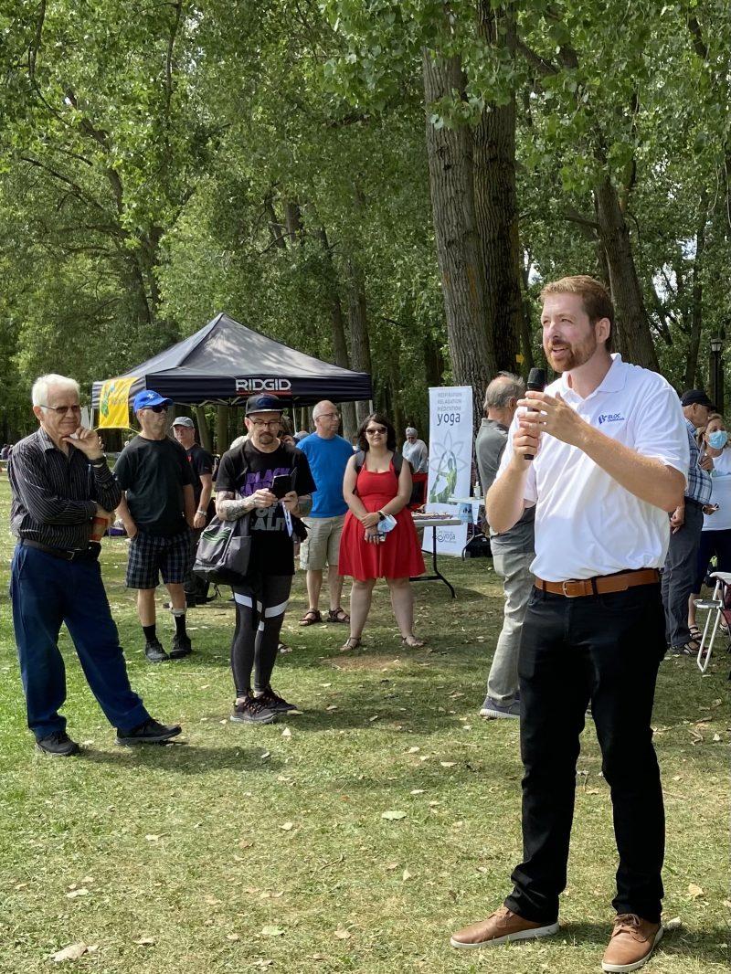 Xavier Barsalou-Duval, candidat pour le Bloc québécois, au lancement de sa campagne. Photo gracieuseté