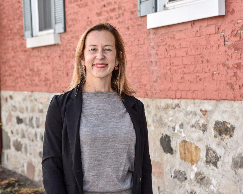 Nadine Viau et son parti Oser Belœil ont dévoilé le cadre financier de ses engagements et son plan pour les infrastructures.  Photo François Larivière | L'Œil Régional ©